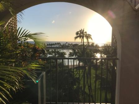 ハワイの夕方の景色