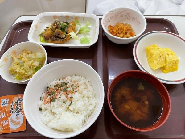 入院5日目昼 普通食